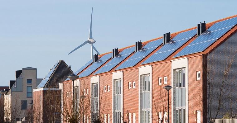 Alle woningen zonnepanelen op het dak